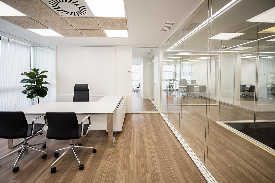 requena-y-plaza-proyecto-interiorismo-oficina-gee-madrid