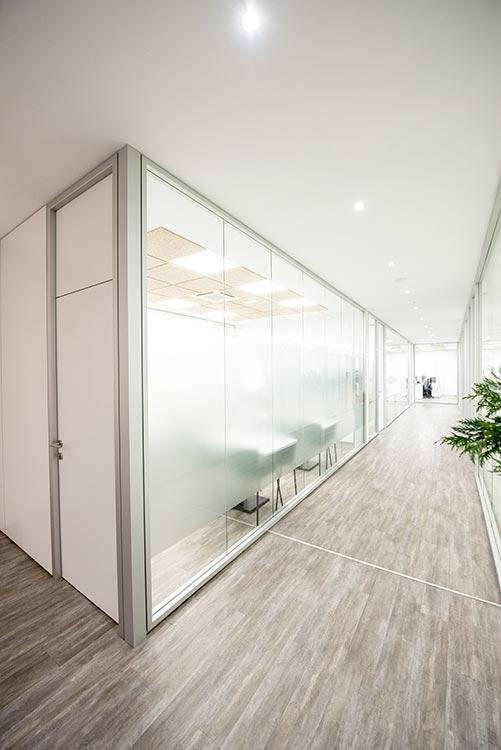 requenayplaza-proyecto-arquitectura-integral-ejecucion-amueblamiento-oficinas-asimesa