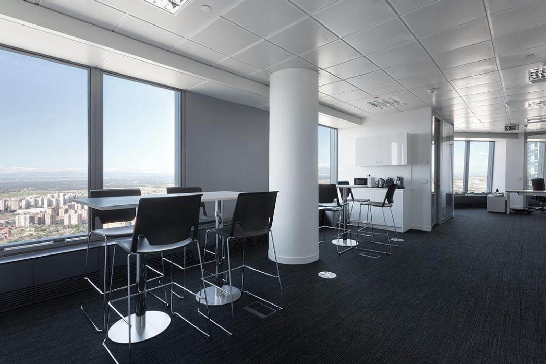 requenayplaza-proyectos-arquitectura-interiorismo-amueblamiento-oficinas-commerzbank