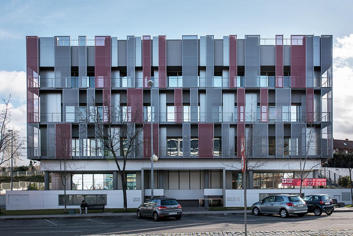 requenayplaza-proyectos-arquitectura-remodelacion-fachada-oficinas-hispania